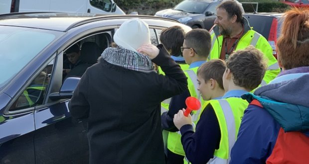 Pupils tell drivers to switch off their engines
